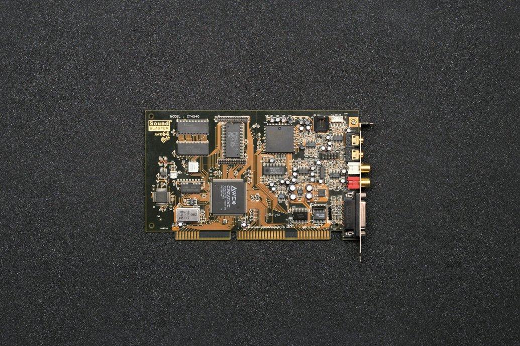 AWE64 Gold CT4540