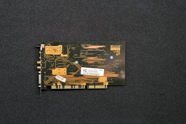 AWE64 Gold CT4390